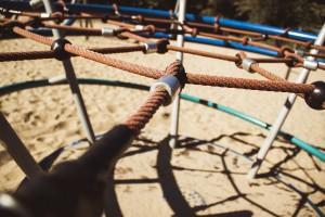 playground-1702072_1280